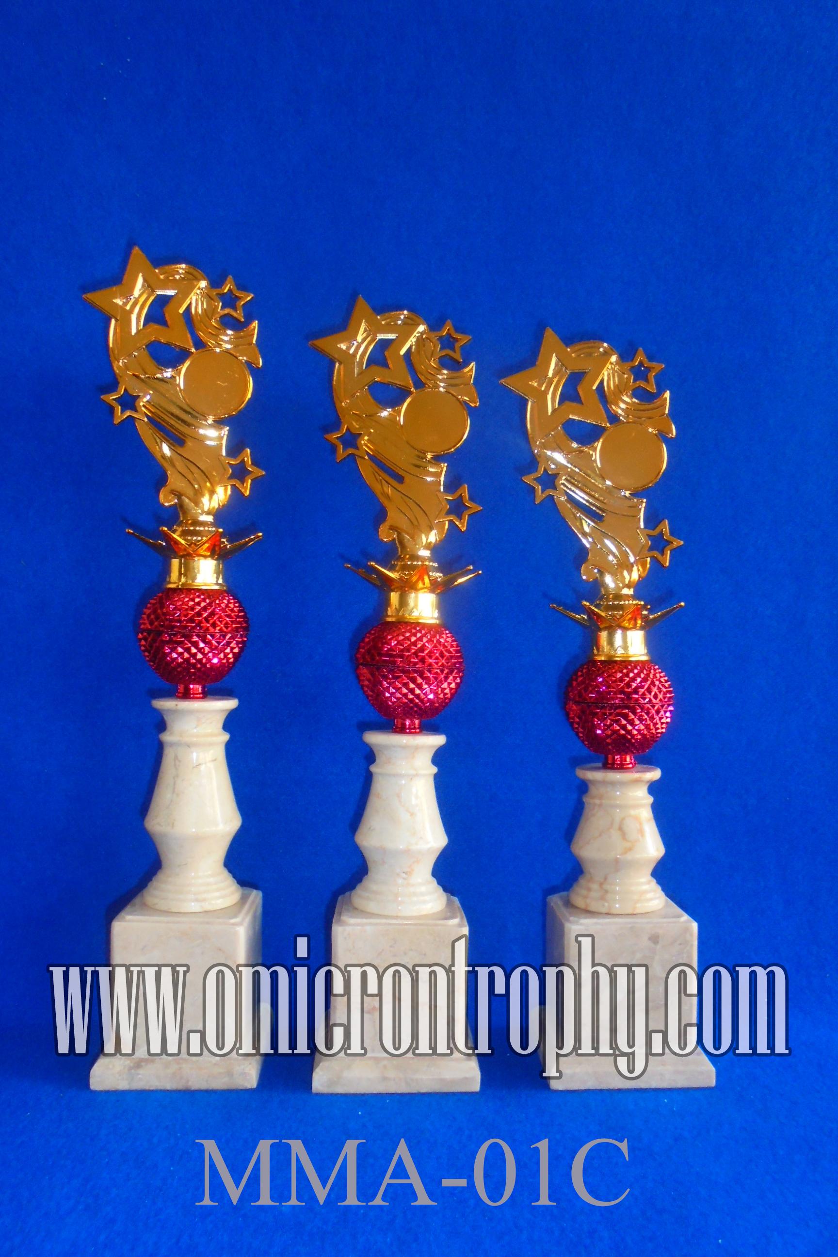 Sentral Produksi Piala Trophy Model MMA-01C