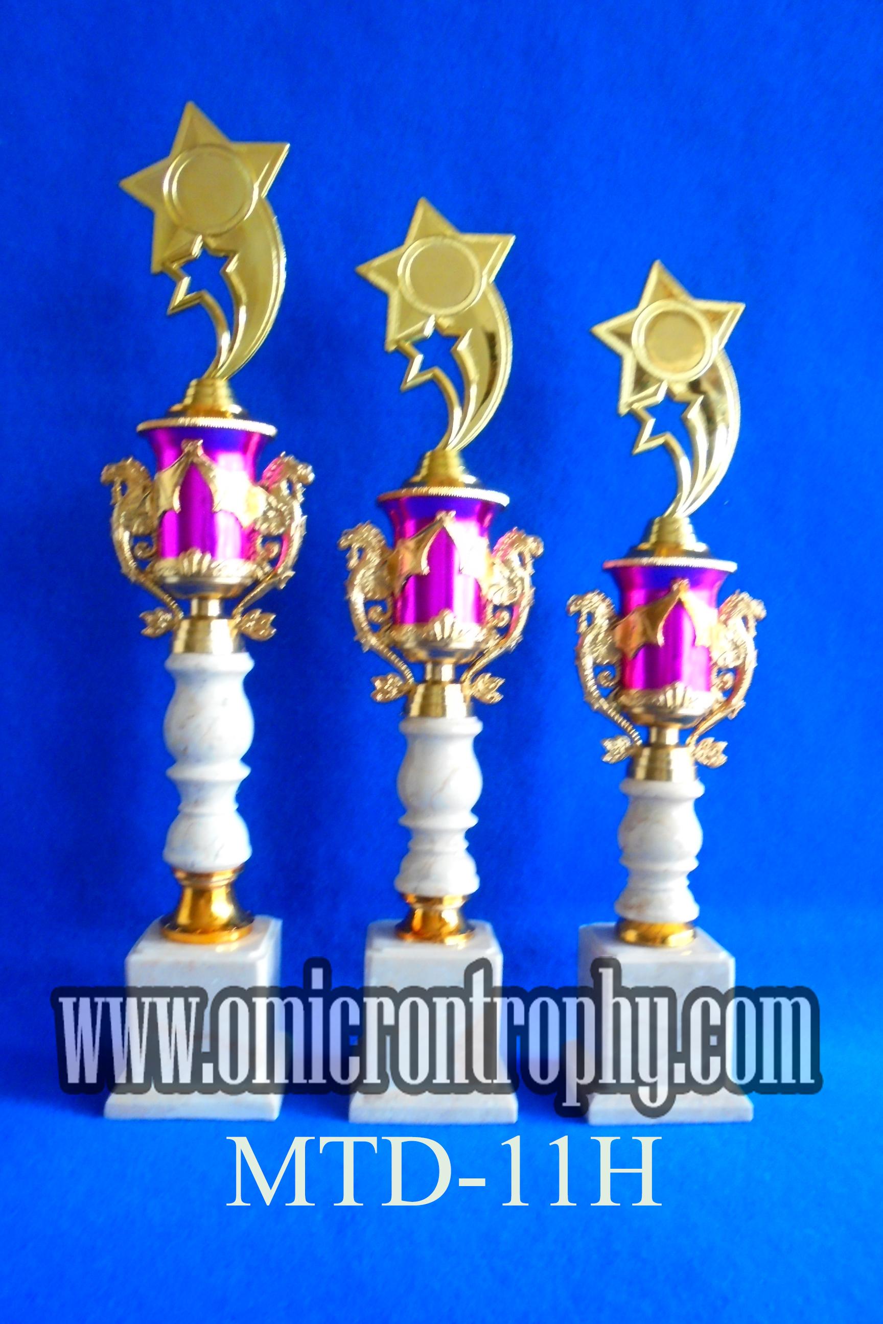 harga piala trophy di surabaya omicron trophy