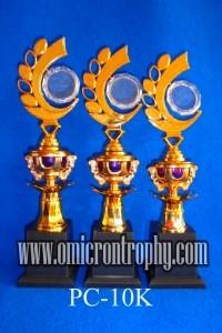 Produsen Trophy Plastik Siap Kirim Bandung