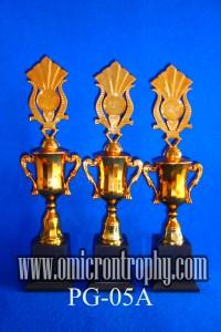 Grosir Trophy Plastik Siap Kirim Semarang Surabaya