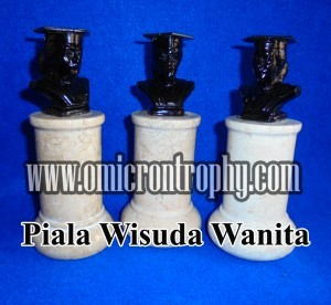 Jual Piala Wisuda, Trophy Wisuda Marmer, Patung Wisuda Marmer