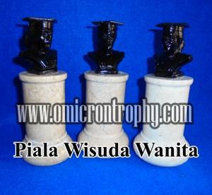 Jual Piala Wisuda, Trophy Wisuda Marmer, Patung Wisuda Marmer Wanita