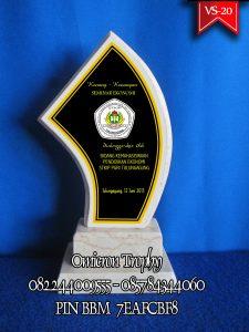 Jasa Pembuatan Hadiah Trophy | Jasa Pembuatan Plakat Tulungagung