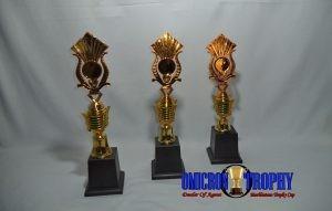 Piala Kaki Satu, Piala Plastik, Jual Piala Murah